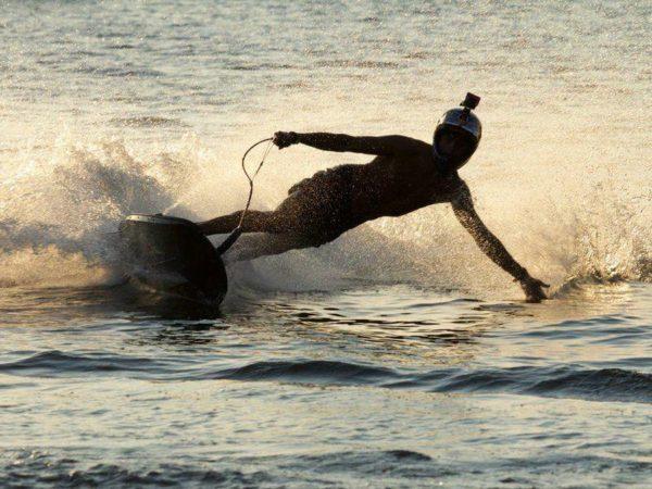 JetSurf - motorový surfing