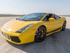 Jízda v Lamborghini Gallardo + sprint na letišti