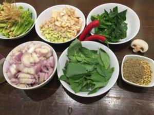 Asie na talíři + zástěra se jménem ZDARMA