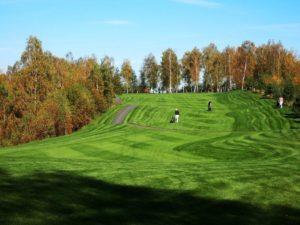 Den s golfem pro dva