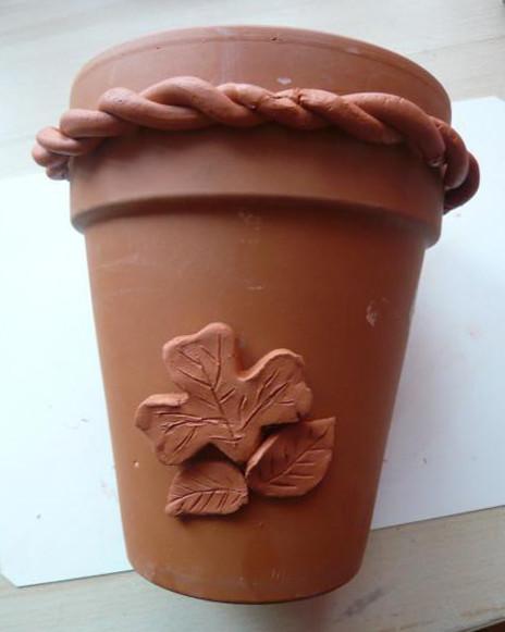 Proměňte obyčejný květináč v nevšední dekoraci