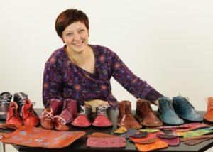 Foto: ručně šité kožené boty - online kurz šití bot pro začátečníky