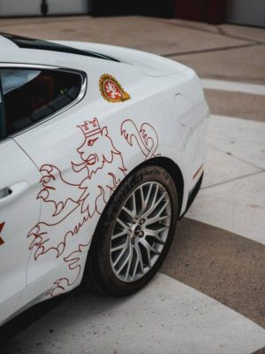 Kondiční jízdy ve Fordu Mustang