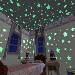 100 kusů plastových fluorescenčních hvězdiček – svítící hvězdy