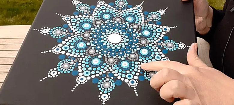Fotografie: jak si vytvořit tečkovanou mandalu