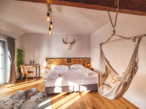 Pivní hotel Zlatá kráva – pípa na pokoji + pivní lázně a wellness